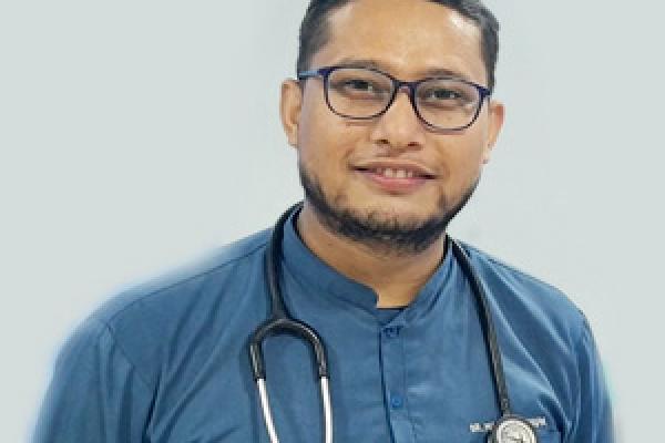 Dr_Manish_Thapa_MO