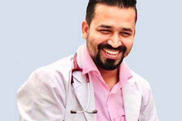 Dr_Rajesh_Kishor_Yadav_Polmonology_11889